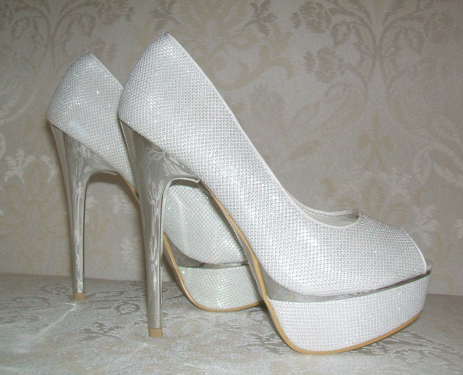 SIZE 2.5 3 4 5 6 IVORY SILVER SPARKLY SHIMMER PEEPTOE WEDDING BRIDAL COURT SHOES