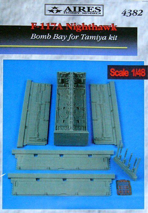 Aires 1  48 F -117A Bomb Bay för Tamiya kit