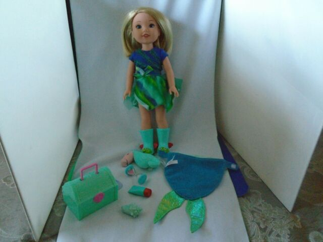 American Girl Doll Camille Wellie Wishers W/Treasure Chest, Seahorse & Access