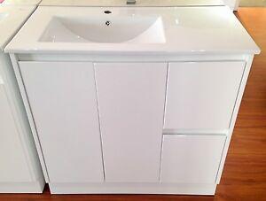 Ceramic 900mm Bathroom Vanity With Solid Doors Finger Pull Offset Basin Top Ebay