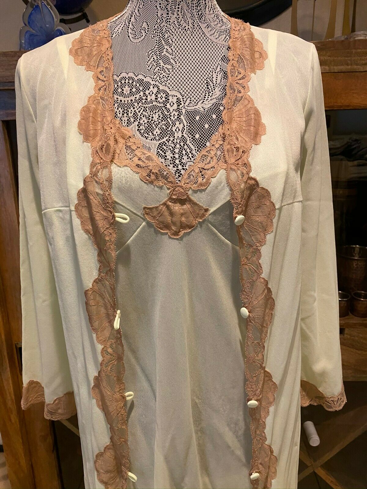 Vintage EMILIO PUCCI Amazing Green and Lace Robe and full slip/gown