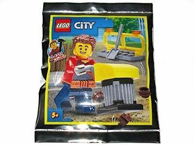 Blue Ocean LEGO City Duke Detain Minifigure Foil Pack Set 952011 Bagged