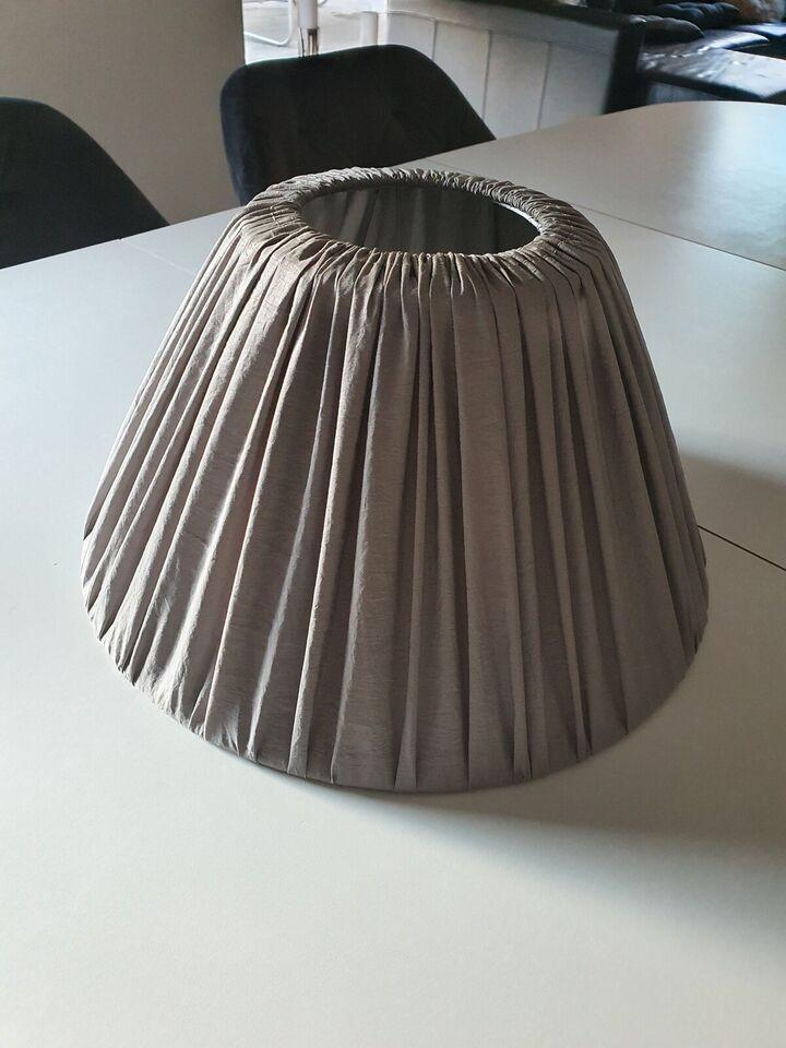Lampeskærm, ILVA