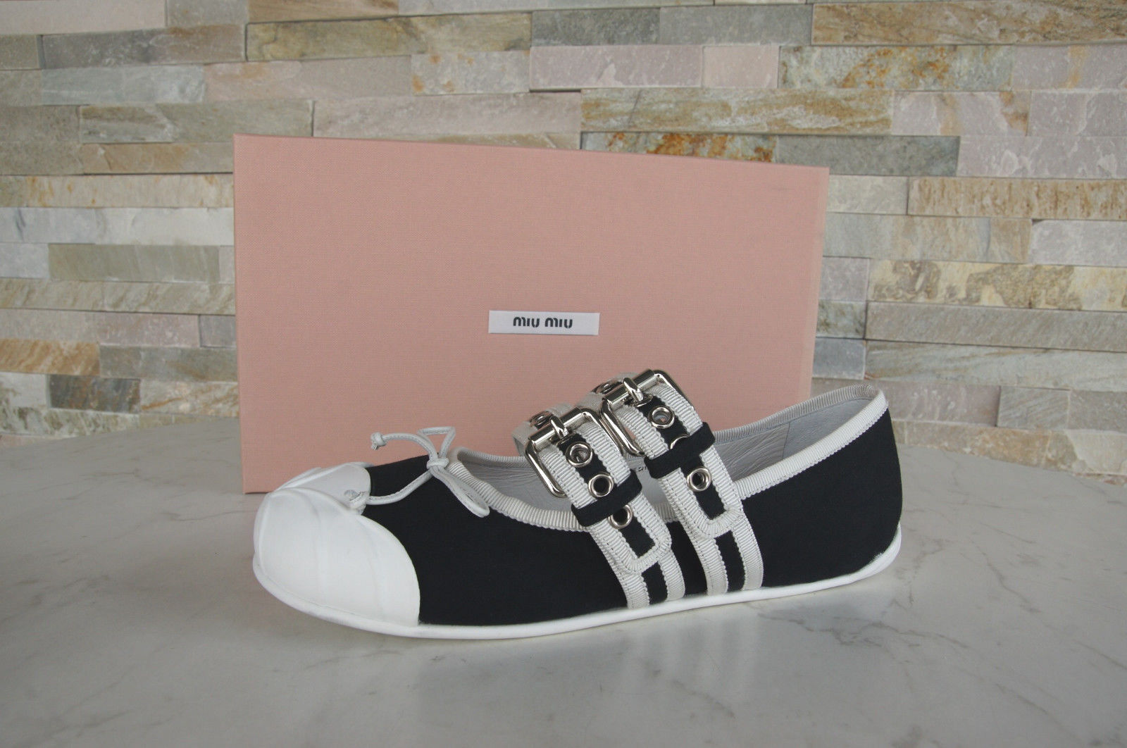 PRADA TAGLIA 40 Bianco Sandali 3x6022 Scarpe Velcro Nero Argento Bianco 40 Nuovo UVP 5a9da1