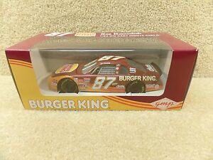New-1995-Revell-1-24-Diecast-NASCAR-Joe-Nemechek-Burger-King-Chevy-Monte-Carlo