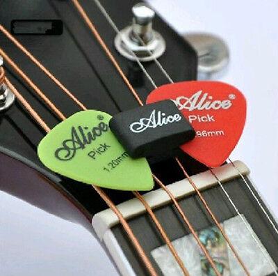 Guitar HeadStock Rubber Pick Holder & 2Pcs Guitar Picks Plectrums Celluloid