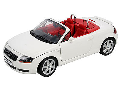 Audi TT Roadster 1999 White 1 18 Model 08487 REVELL