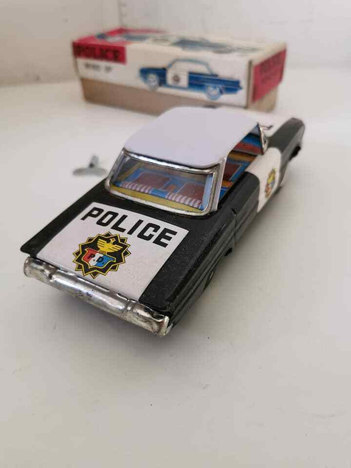 1 28 FORD FAIRLANE GALAXY 4-Door POLICE CAR Wind-Up Tin Toy MIB`60 RARE  S.KOREA