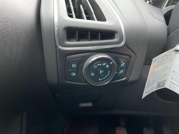 Ford Focus 1,0 SCTi 100 Titanium stc. billede 6