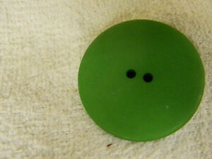 10 NEW 1 1//2 INCH EMERALD GREEN DULL FINISH BUTTONS