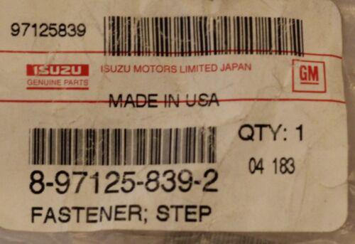 Bumper Step Fastener Isuzu 8-97125-839-2 Fits Multiple Makes Qty 8 Pkg In Stock