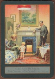 Playing-Cards-1-Single-Card-Old-Wide-GAS-Advertising-Art-Lady-Man-Child-Family