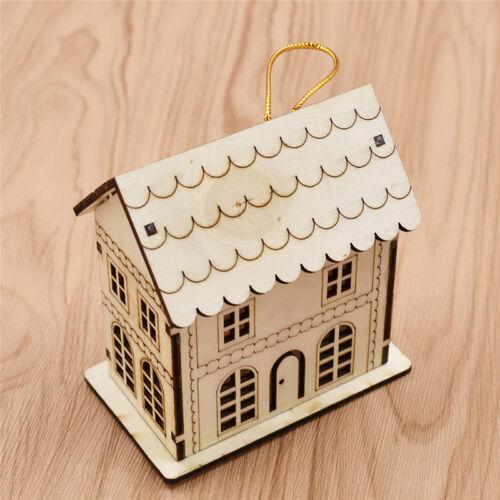 LED Licht Weihnachtsbaum Anhänger Weihnachten Geschenk Mini Holz Haus Deko Süß