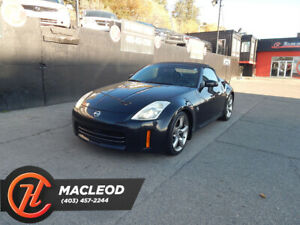 2006 Nissan 350Z 2dr Roadster Touring Manual Power seats