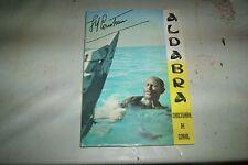 LIVRE SANCTUAIRE DE CORAIL DE JACQUES YVES COUSTEAU 92 pages de 1959