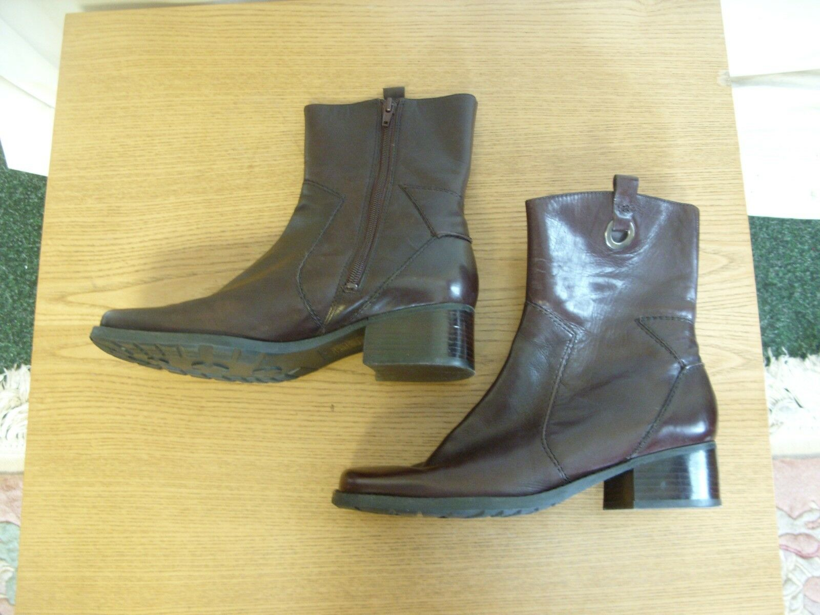 Ladies side Boots Nine West brown leather, low heel, side Ladies zip 3383 780718
