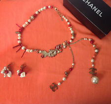 CHANEL 2005 Cruise Runway Pearl Necklace and Earrings set
