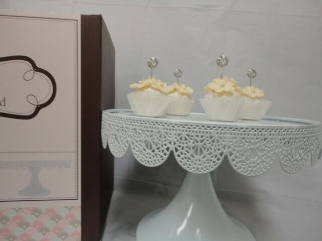 Silver Plate Pedestal Cake Stand ~ Wedding ~ Reception ~ Party ~ Anniversary Cake Plate ~ Cup Cakes ~ Vintage Dessert Plate