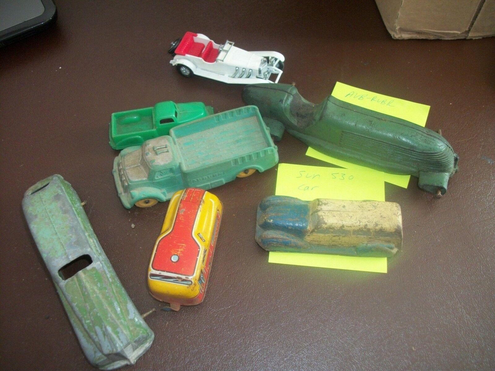 Vintage Toy Cars -  Auburn, Renwal, Renwal, Renwal, Tootsie, Sun - Look  fa56b2