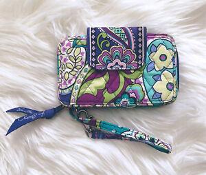 Vera-Bradley-Smartphone-Wristlet-Heather-Retired-Purple-Floral-Paisley-Quilted