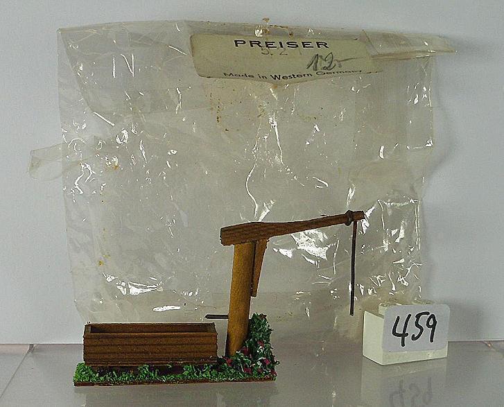 Preiser H0 1 87 Nr. 521 Sehr alte Figuren Holzfigur Pumpbrunnen Tränke OVP