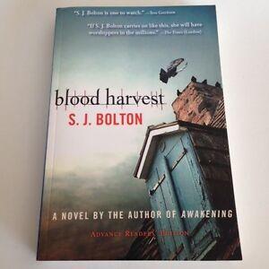 S-J-Bolton-BLOOD-HARVEST-2010-Advance-Readers-039-Edition-ARC-Trade-PB-LIKE-NEW