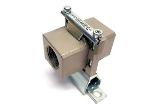 SMC-1-034-Pneumatic-Modular-Adapter-With-Quick-Release-Bracket