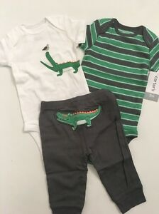 20ffce77c9e2 Image is loading Carters-Baby-Boys-Alligator-Bodysuits-Pants-Set-Size-