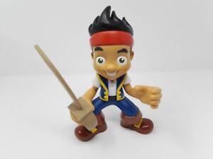 Fisher-Price-Jake-amp-the-Neverland-Pirates-039-Yo-Ho-Lets-Go-039-Jake-Talking-Figure