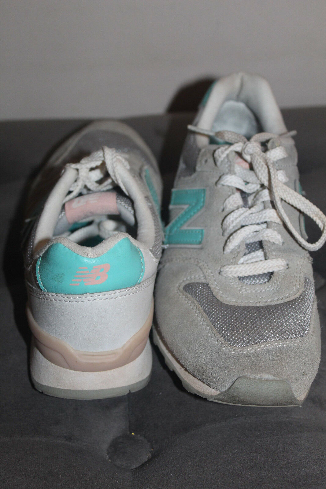 New Balance Women's Grey / Blue / Pink Suede Running Shoes WR996JH Size 6.5