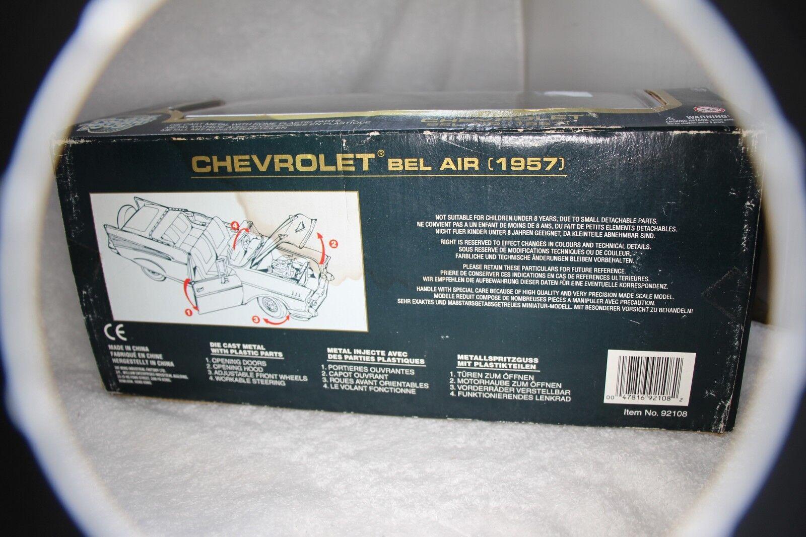 Road Tough Die Cast Metal Metal Metal Collection 1957 bluee Chevrolet Congreenible 1 18 96978d