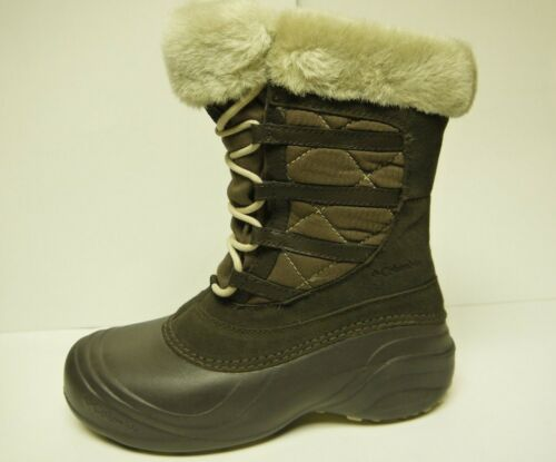 Multiple Sizes 1519-205 Columbia Women/'s Sierra Summette 2 WP Bungee Cord Boots