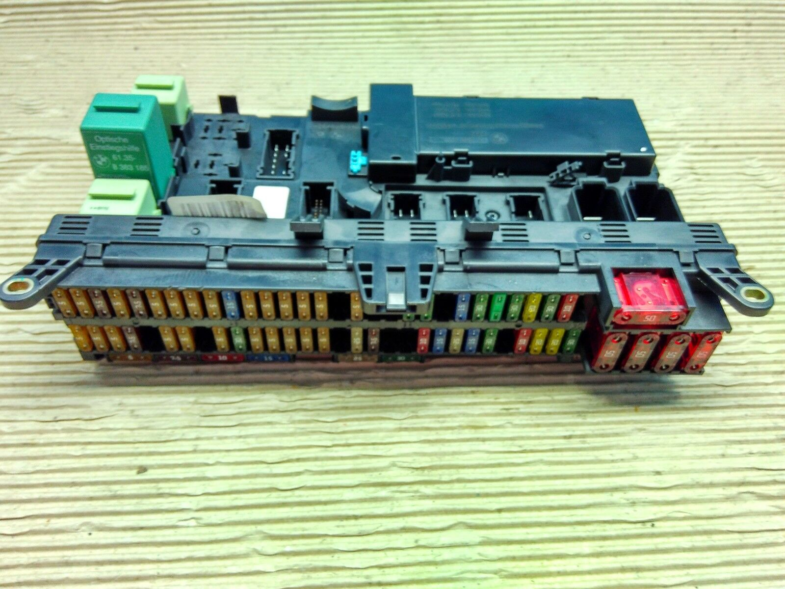 Fuse Box Buy Spares For Bmw I Fuses And E53 Detailed Schematics Diagram X5 Relay Board 6907395 8380409 Ebay 2002 Ford Ranger