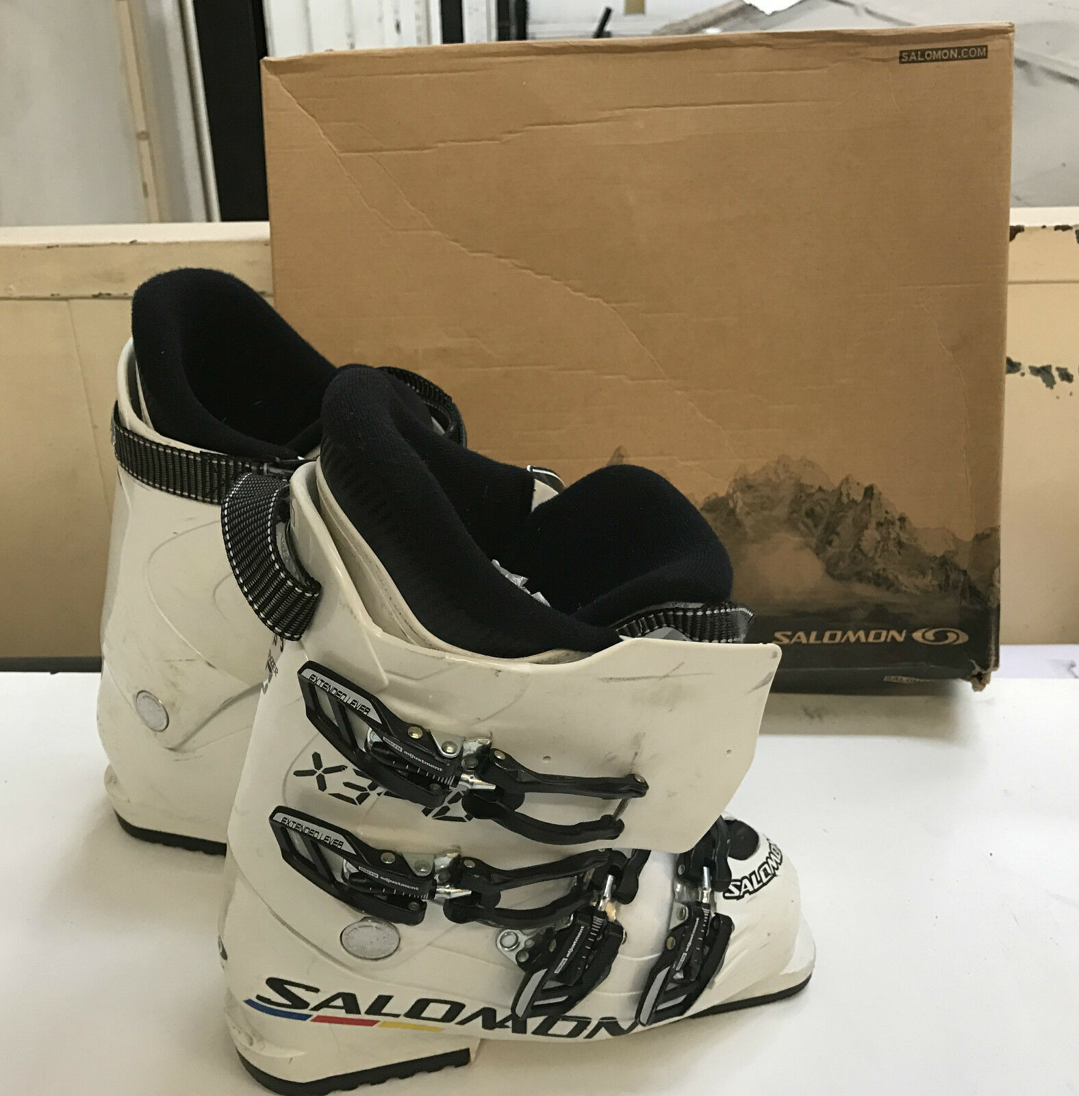 Salomon X3 70 Alpine Ski BOOTS White Size 24 in Original Box - AD