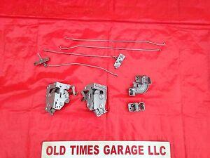 Image is loading 1970-74-Dodge-Challenger-Plymouth-Cuda-door-Latch-  sc 1 st  eBay & 1970 -74 Dodge Challenger Plymouth Cuda door Latch Lock Release Set ...