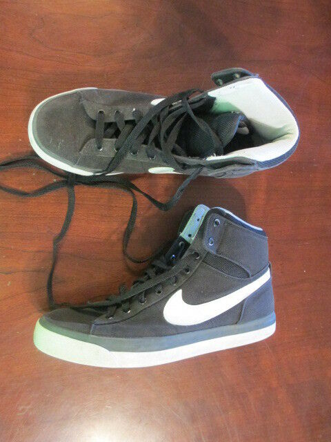 Nike Match Supreme Hi Textile Mens Casual Sneaker 631682-011 black 9 basketball The most popular shoes for men and women