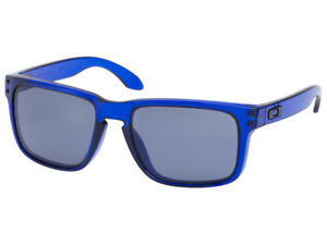 Oakley-Holbrook-Sunglasses-OO9102-29-Crystal-Blue-Grey