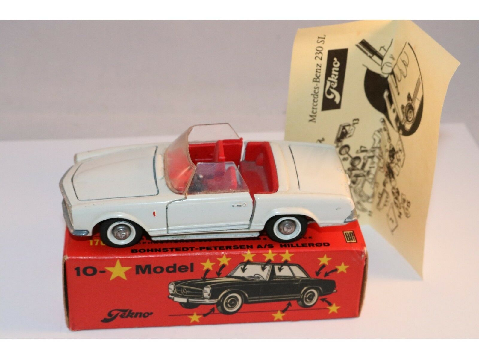 Tekno Denmark 928 Mercedes Benz 230 SL blancoo near mint in box with instructions