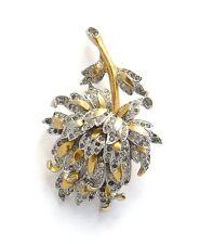 Deja - Reja - Fluffy Flower Brooch - very dimensional, super design, ca. 1940