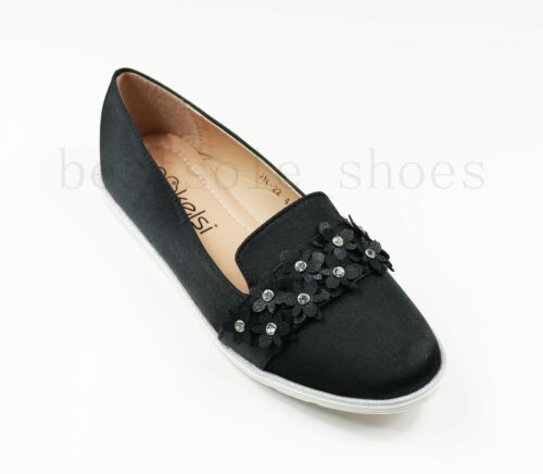 Ladies Flat Chunky Sole Loafers Pull On Floral Embellished Pumps Comfy Shoes