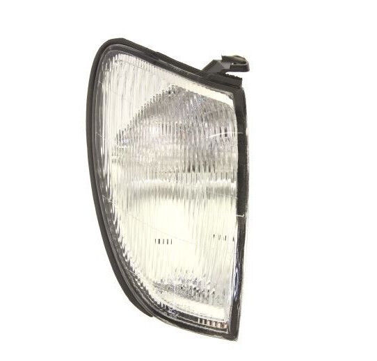 Toyota Land Cruiser HDJ100 98- front Right signal indicator lights lamp assembly