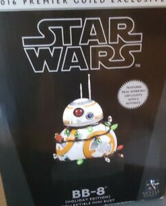 Star-Wars-Gentle-Giant-BB-8-2016-Premier-Guild-Exclusive-Holiday-Edition-Bust