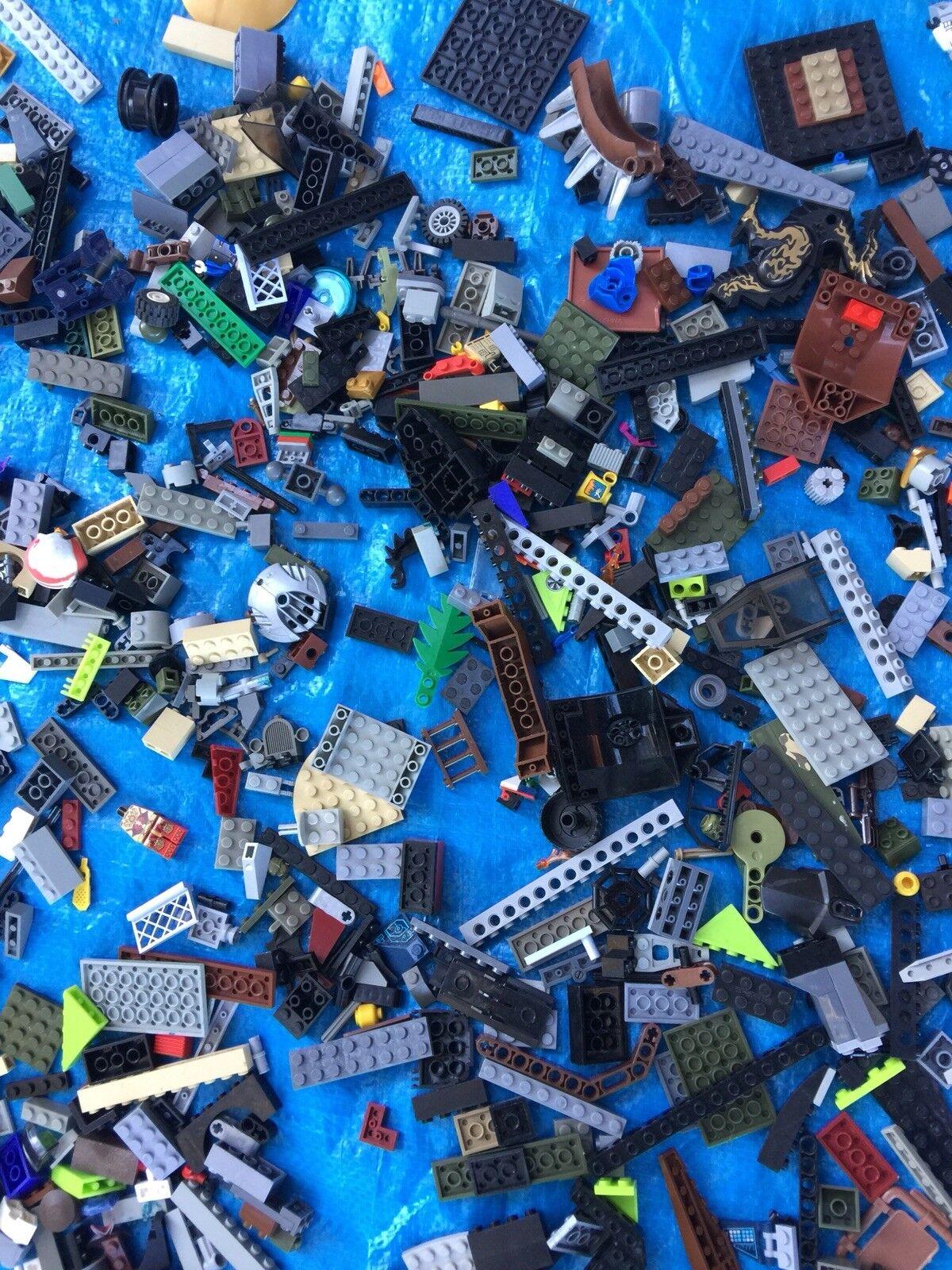 Big 4 Four Pounds LEGO Minifigure mini Figure Figure Figure Parts Cars Wheels Lot Legos Build 883dae