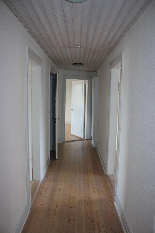 6700 vær. 4 lejlighed, m2 121, Strandbygade