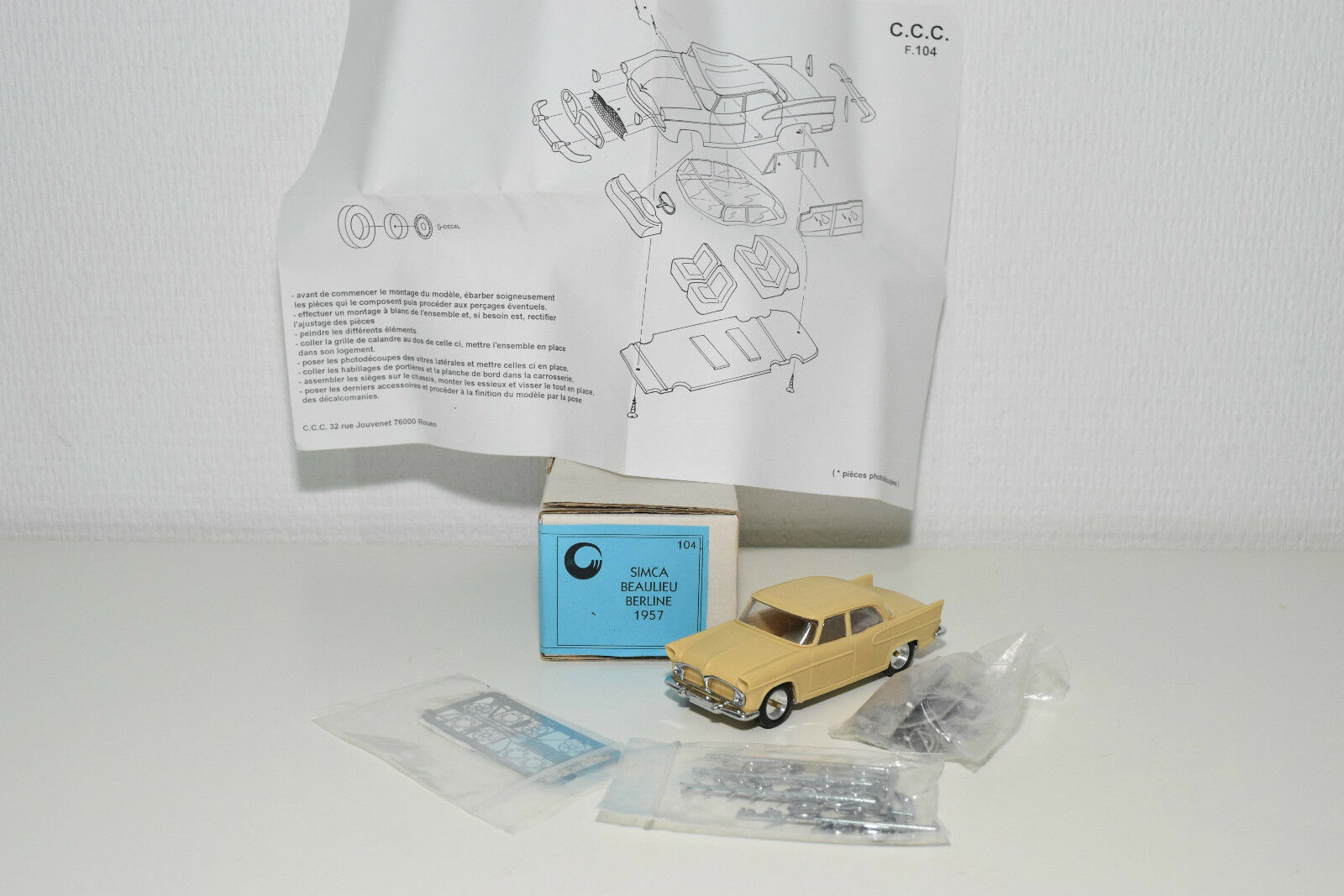 . KIT CCC CLASSIQUES FRANCE 104 SIMCA BEAULIEU BERLINE RESIN NEAR MINT BOXED