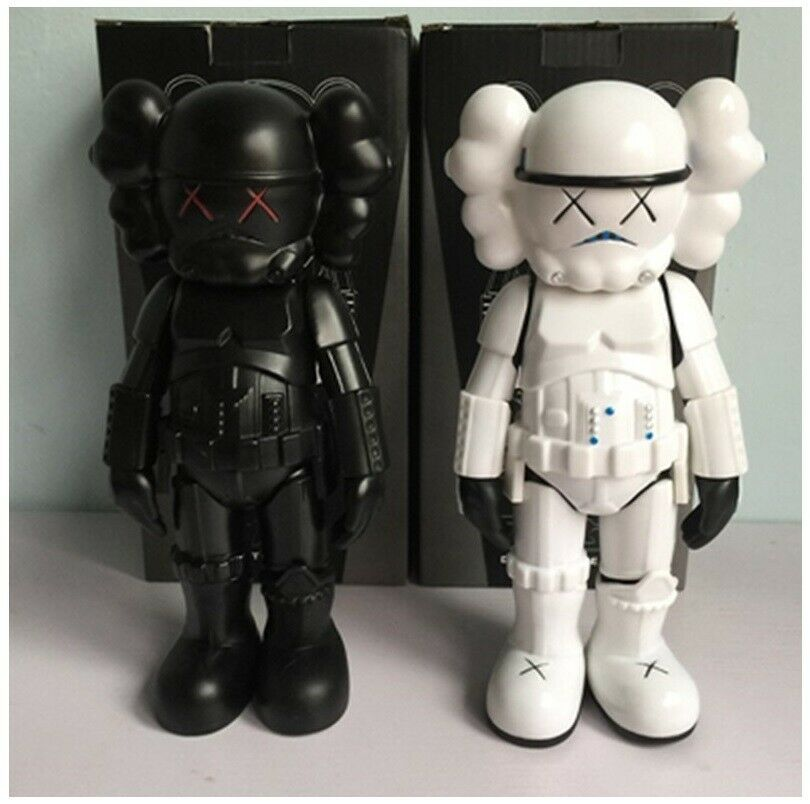 Originalfake Kaws Star Wars Stormtrooper Action Action Action Figure Limited Version 4 color b2dba1