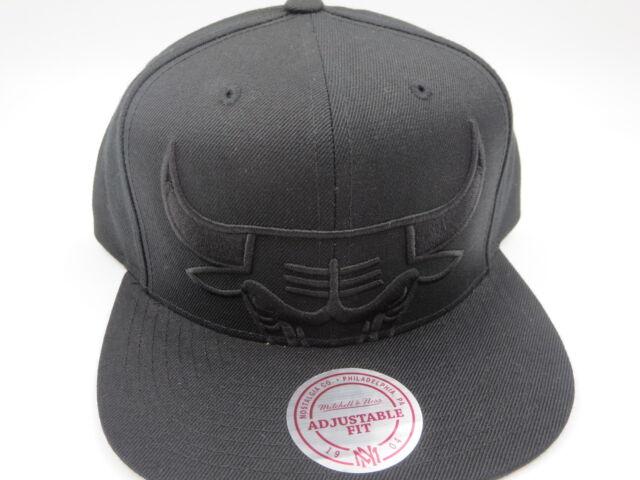 more photos 63531 ff74e Chicago Bulls Black XL OG Jordan Vintage Mitchell   Ness NBA Snapback Hat  Cap