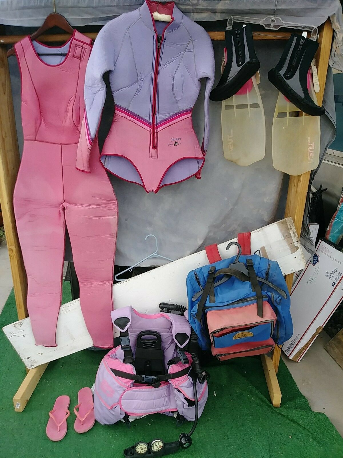 Scuba   Skin Diving; Surfing   Body Boarding Gear and Wetsuit