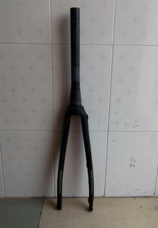 Full Carbon 700C Tapered  Road Fork with Disc Brake UD  weave 1-1 2  Matt finish