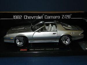 goldmetallic CHEVROLET Camaro Z//28-1982 Sun Star 1:18